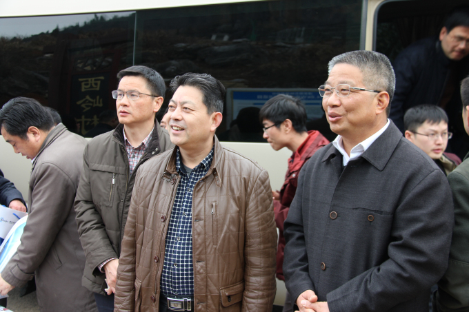 浙江省副省长黄旭明实地调研桑尼能源光伏扶贫项目